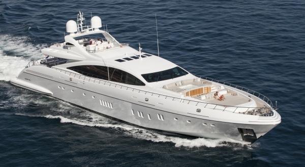 Superyachtnews Com Fleet Mangusta 165 E Moonraker For Sale With