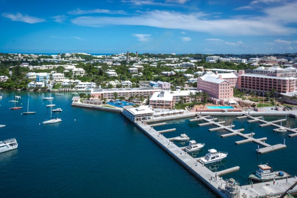 Image for article America's Cup Fever in Bermuda