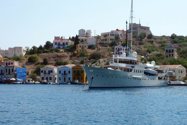 Image for article 1931 classic M/Y Marala for sale with Camper & Nicholsons