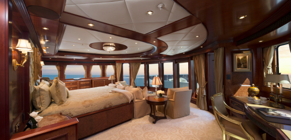 Image for article Mia Elise II listed for sale at $47.9 million