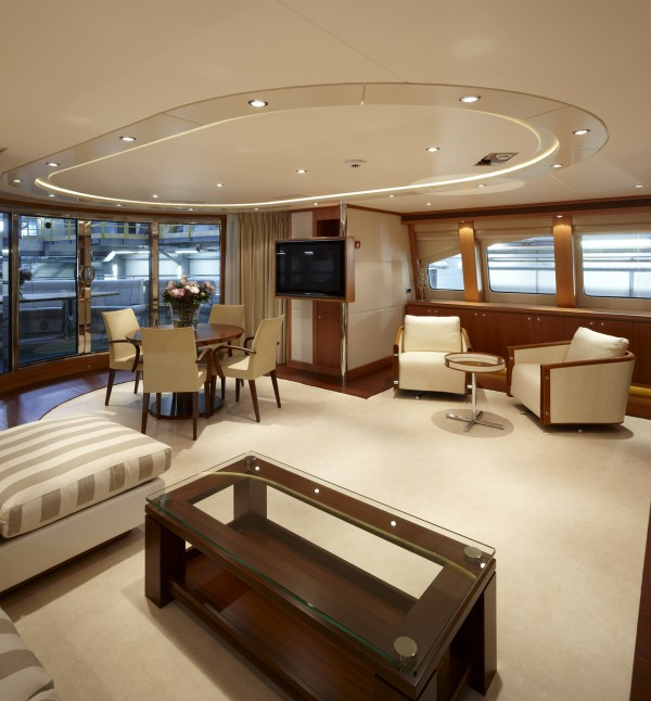 Image for article Heesen's 44m 'San Bernardo' sold