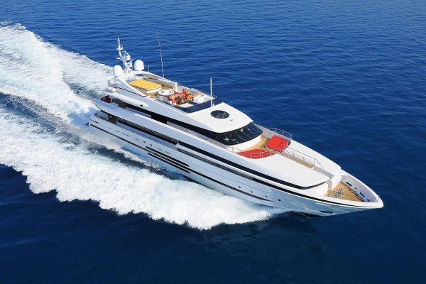 Image for article €4.4 million price reduction on 46.6m 'Balista'