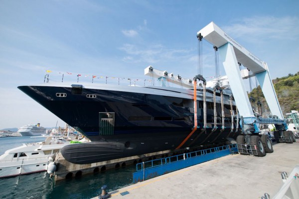 Image for article Mondomarine launches its largest yacht