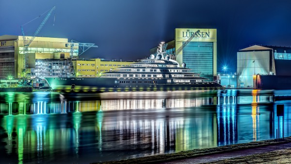 Image for article What is the optimum sized superyacht for the future?