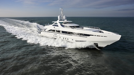 Image for article Heesen delivers 45m 'Amore Mio'