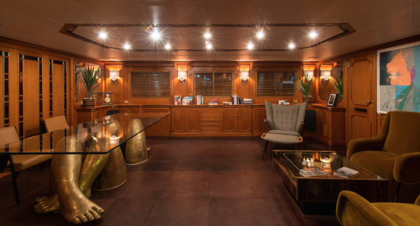 Image for article 60.6m Feadship hits the market