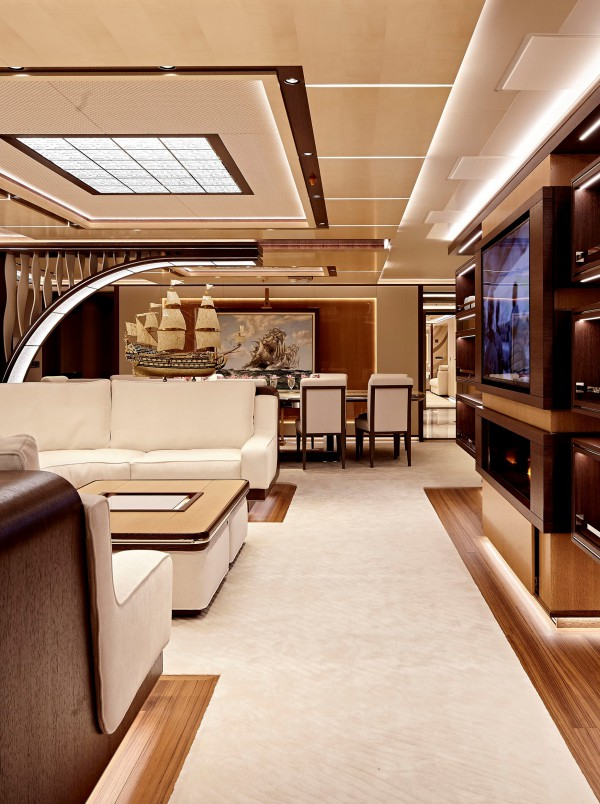 Image for article A stellar christening for Heesen Yachts