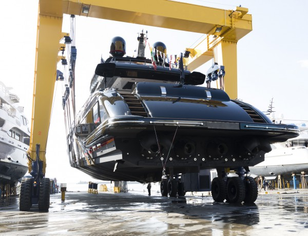 Image for article Overmarine launches 12th Mangusta 165