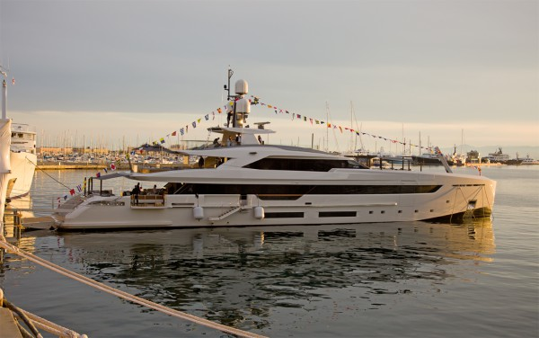 Image for article At first glance: on board 50m M/Y Vertige