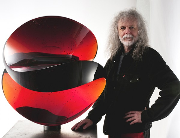 Image for article Master glassmaker turns to wood
