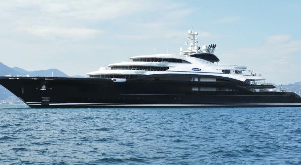 Superyachtnews Com Fleet 134m Serene Runs Aground In Red Sea