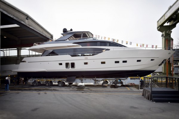 Image for article Sanlorenzo launches two yachts on the same day