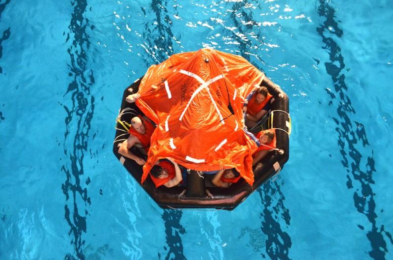 Bluewater crew training life raft