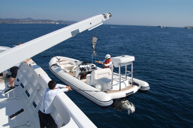 Superyacht crew harness motoryacht La Familia