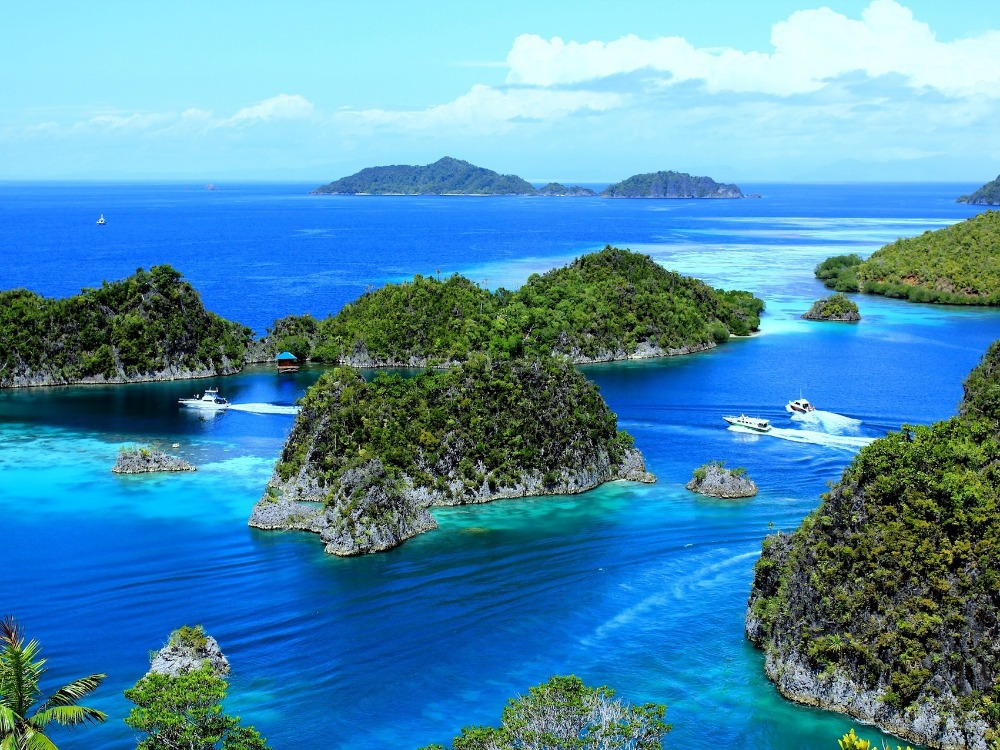 Image for article Indonesia: superyacht arrival procedures