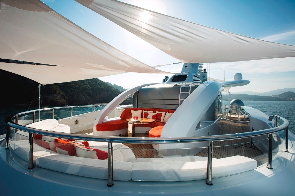 Image for article 'Excellence V' listed for sale at €85 million