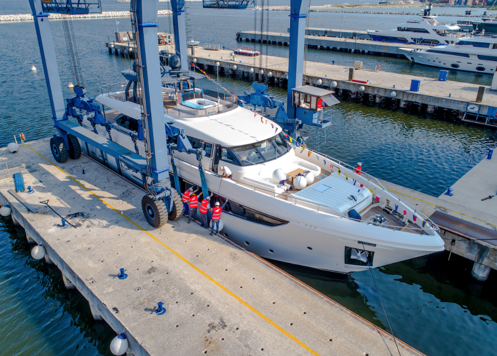 Image for article Custom Line launches fourth Navetta 33 model
