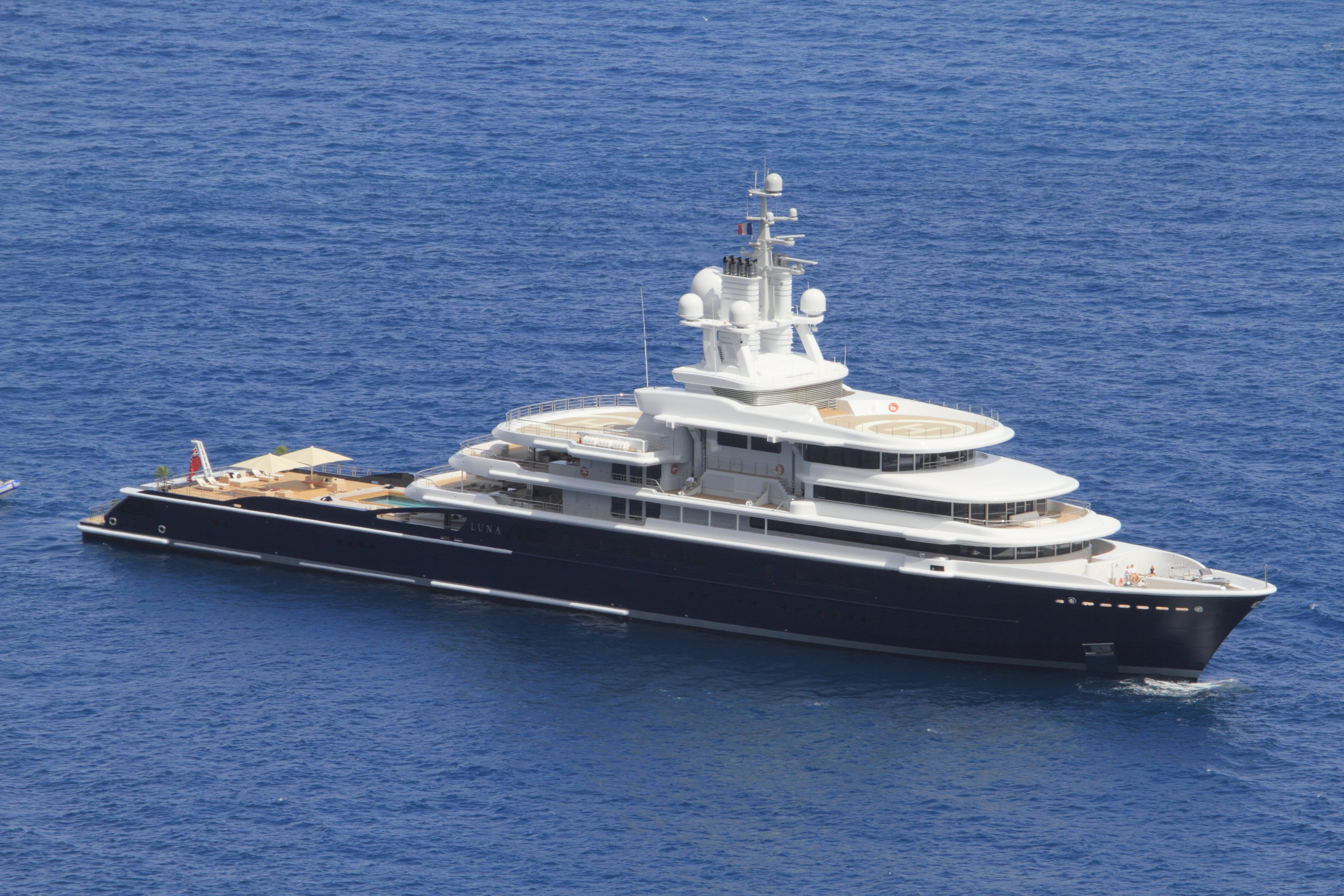 Image for article Sharia court vetoes freezing order on 115m M/Y 'Luna'