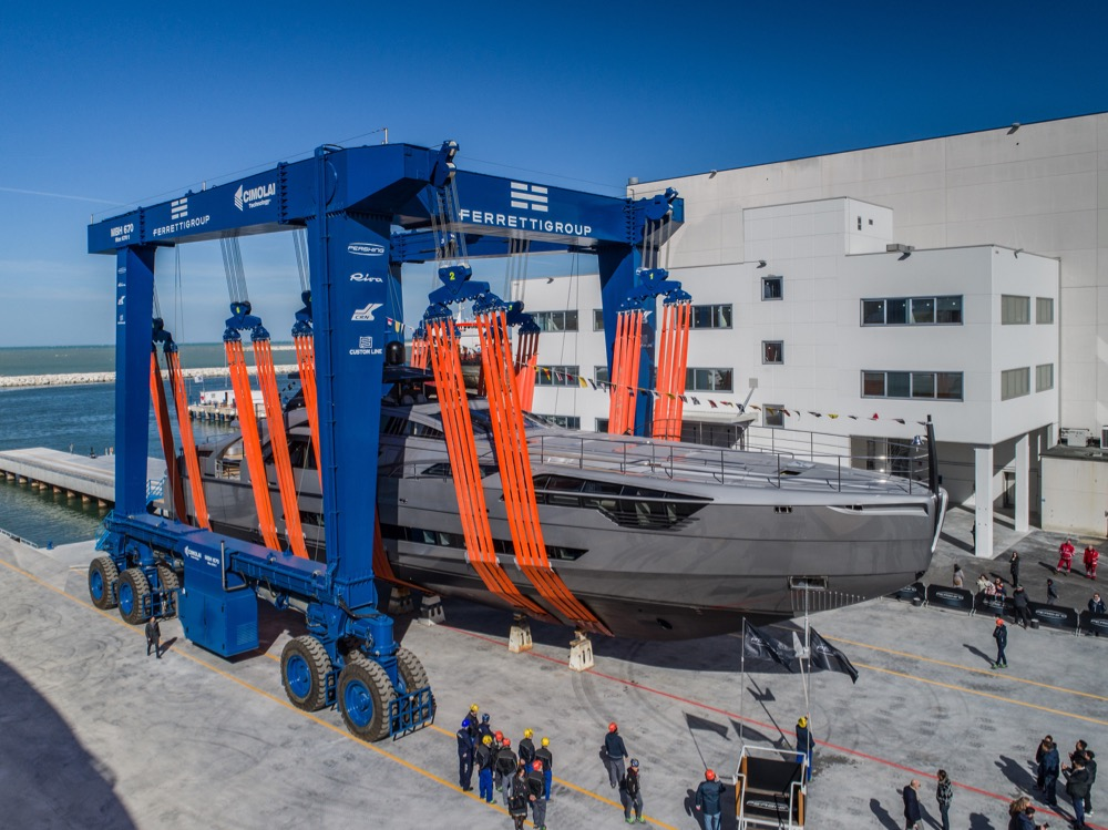 Image for article Pershing launches the first unit of its new flagship superyacht