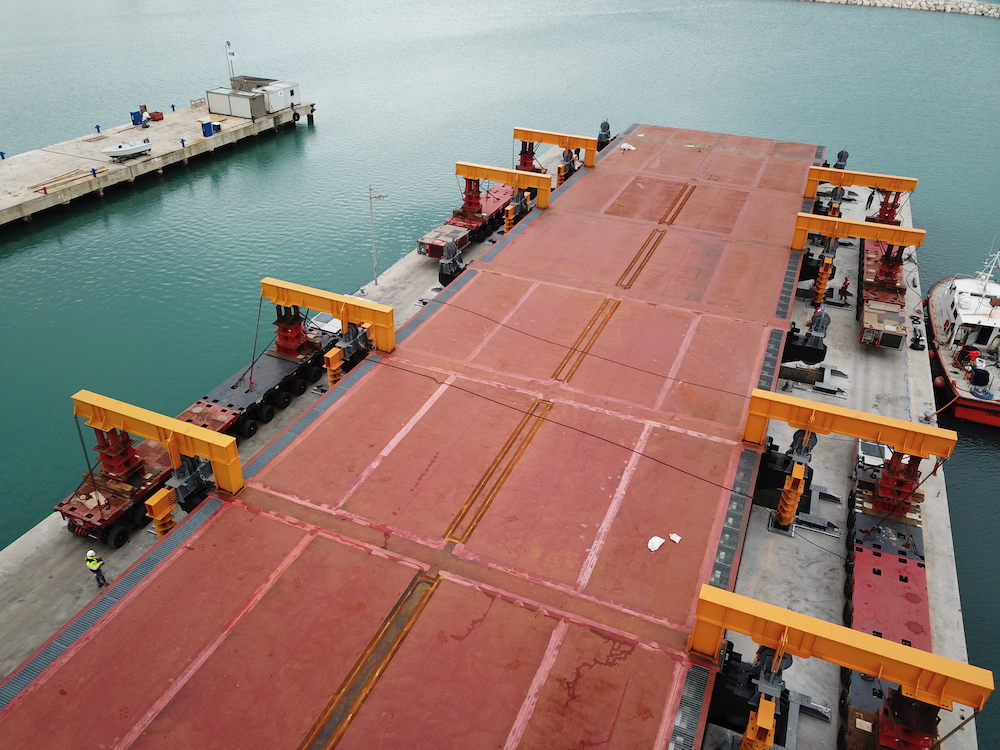 Image for article Palumbo Superyachts 3300 tons syncrolift up and running
