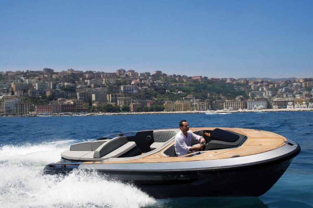 Image for article Evo Yachts unveils new custom superyacht tender