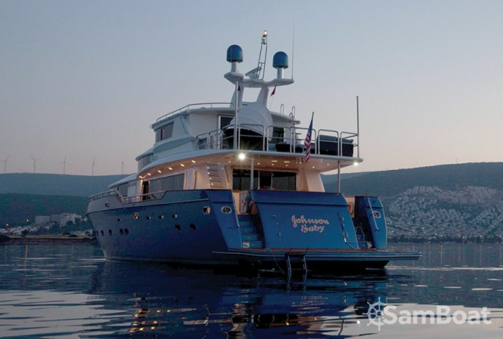 Image for article SamBoat ventures into the superyacht market