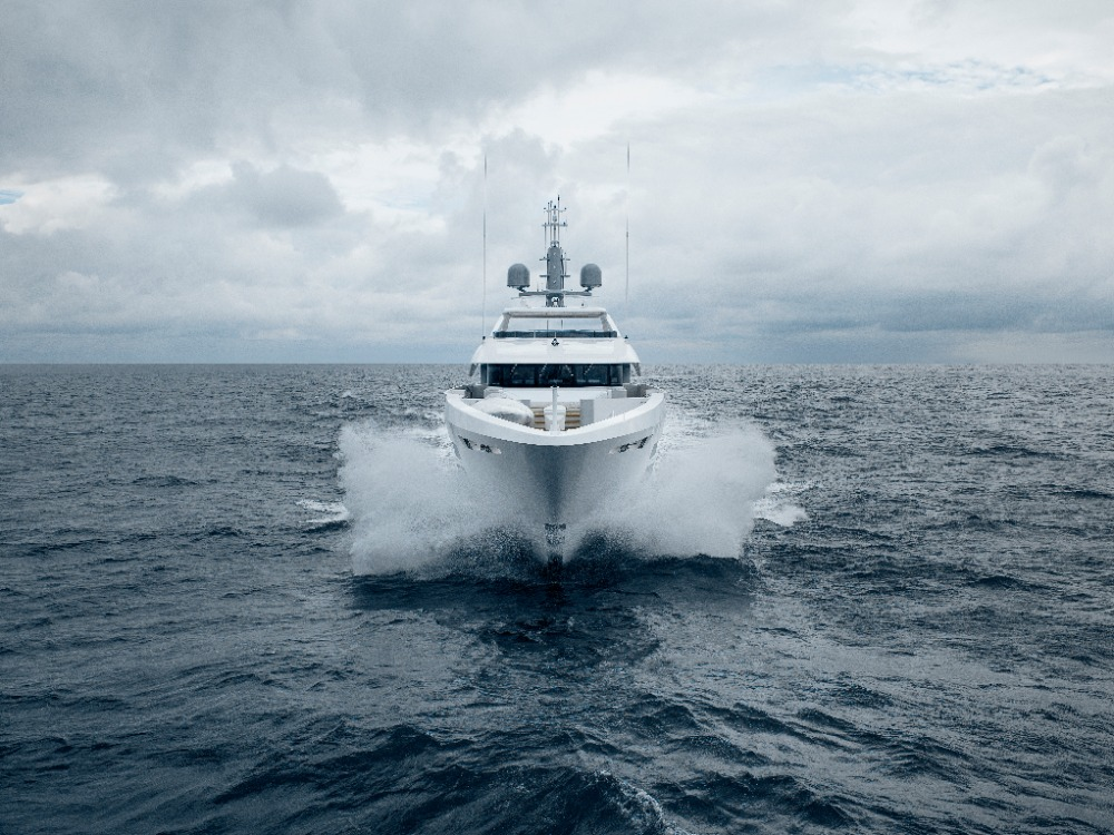 Image for article Heesen delivers 55m 'Solemates'