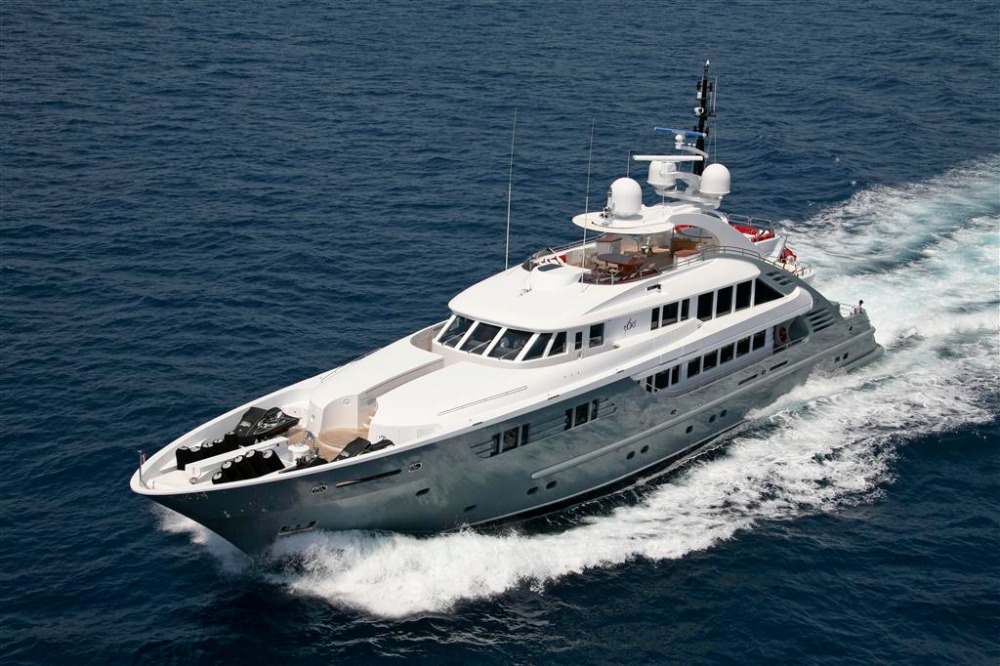 Image for article Fire destroys 48m motoryacht 'Lady MM'