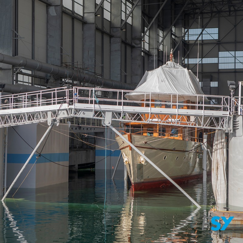 Image for article New floating dry dock at Palumbo Superyachts Marseille