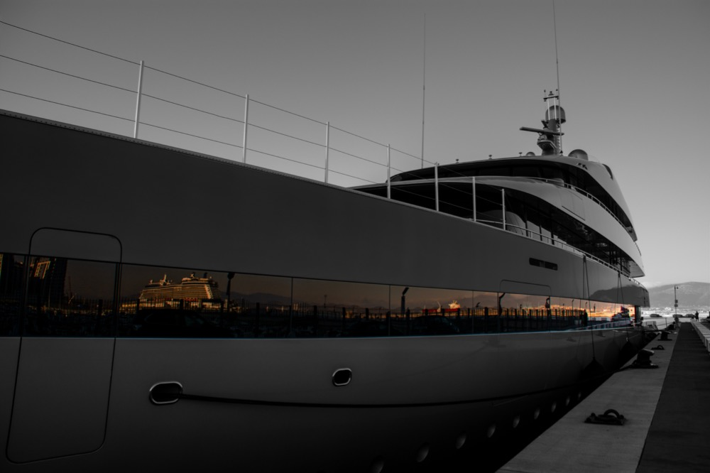 Image for article Navigating Spanish waters with Evolution Yacht Agents