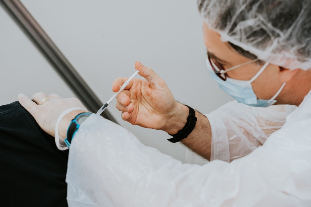 Image for article COVID-19 vaccinations for superyacht crew